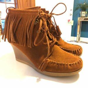 Minnetonka Lace up fringe ankle boot wedge heel